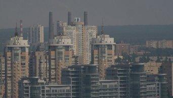 Вид на жилые дома в Киеве