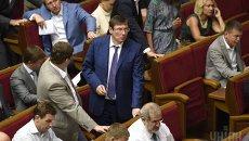 Юрий Луценко во время заседания Верховной Рады 3 сентября 2015 г.