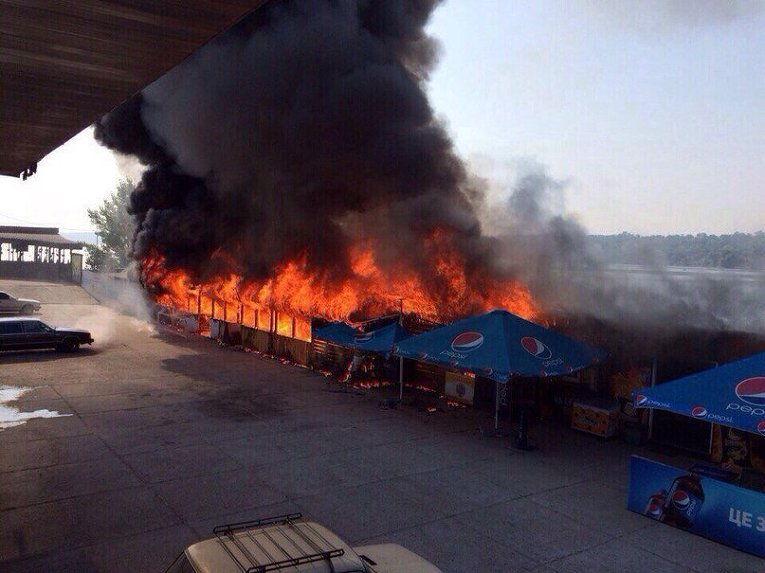 В Запорожье сгорело кафе