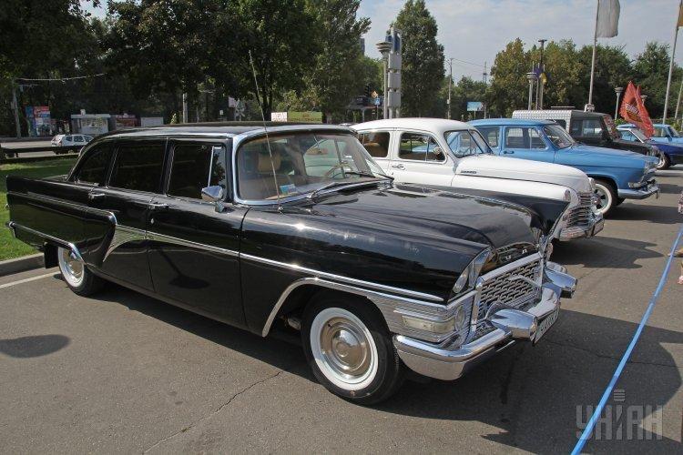 Выставка ретро-автомобилей в Днепропетровске