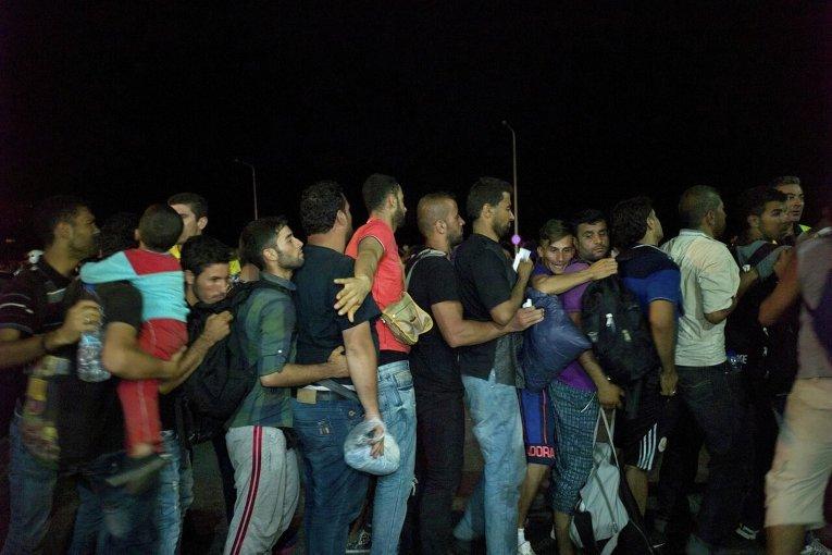 Катастрофическая ситуация с мигрантами в Греции