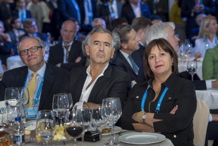 Глава Минфина Украины Наталия Яресько на форуме YES-2015