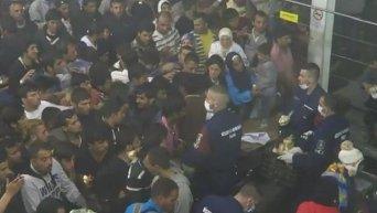 Лагерь мигрантов на границе Сербии