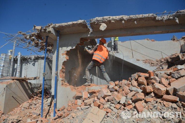 Демонтаж незаконной застройки в Киеве
