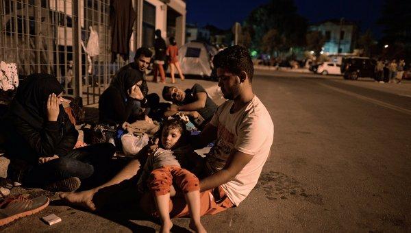 Мигранты с Ближнего Востока на острове Лесбос в Греции
