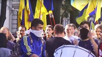 В Одессе требуют освободить подозреваемых в убийстве Олеся Бузины. Видео