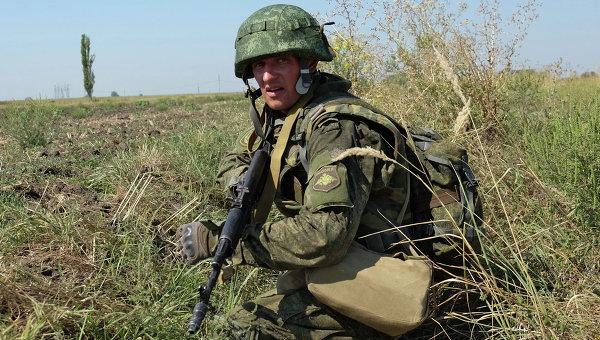 Российский десантник на учениях. Архивное фото