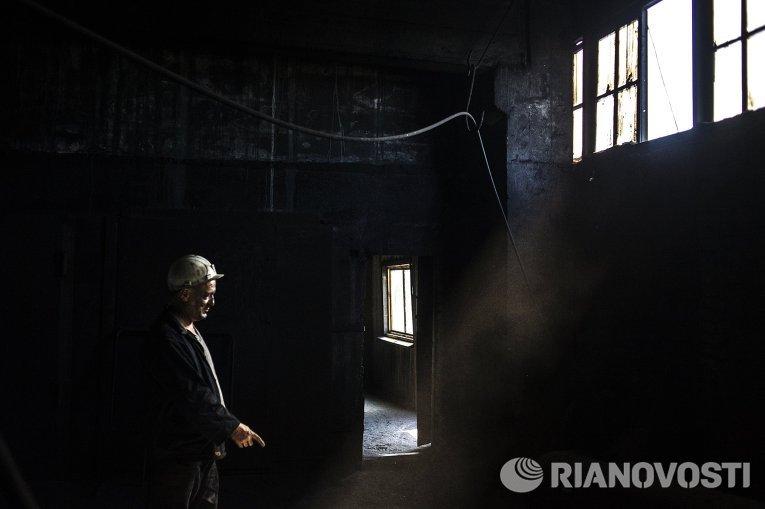 Работа шахты Заря в Донецкой области