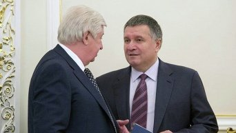 Арсен Аваков и Виктор Шокин на заседании СНБО