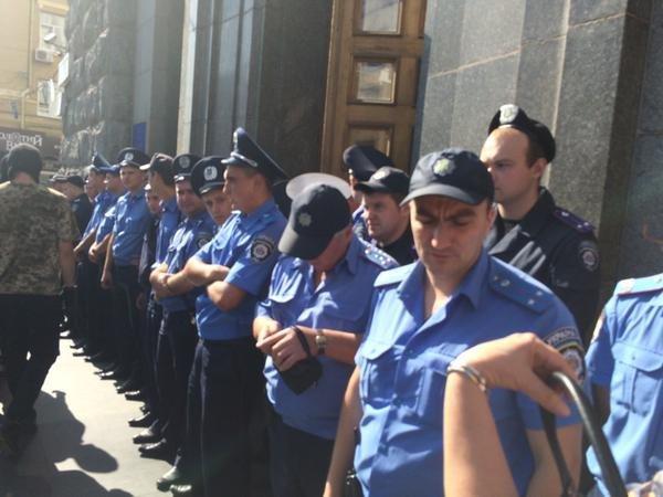 Милиция у горсовета Харькова