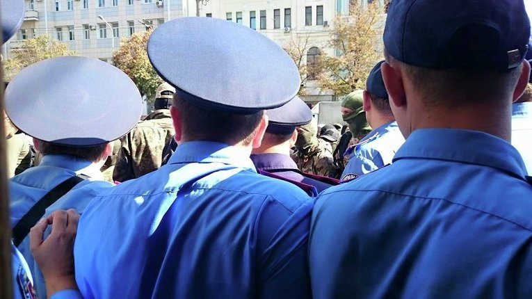 Милиция под горсоветом Харькова
