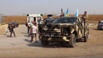 Парасюк на бронированном джипе под Крымом. Видео