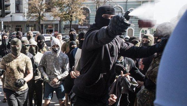 Столкновения у здания Горсовета Харькова