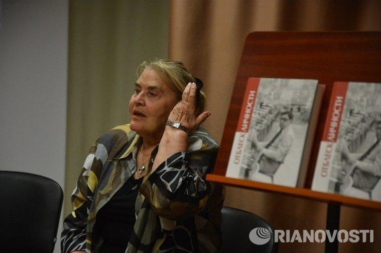 В Киеве отмечали 90-летие писателя Юрия Трифонова