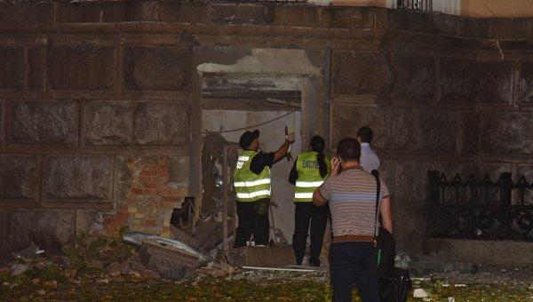 Взрыв прогремел у здания СБУ в центре Одессы