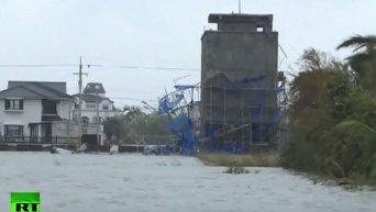 Последствия мощного тайфуна на Тайване