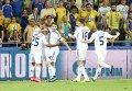 Игроки киевского Динамо праздную победу в матче противМаккаби