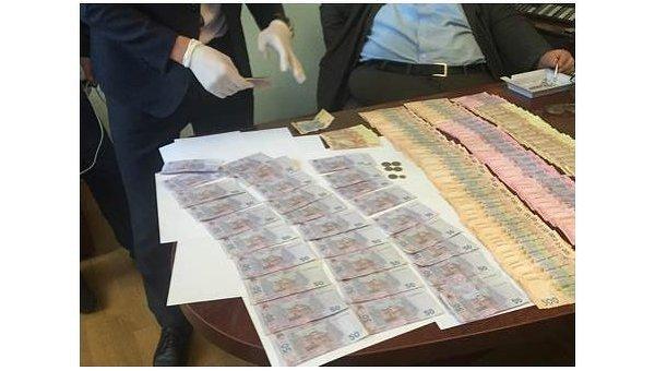 Сотрудники СБУ взяли на взятке чиновника Львовской железной дороги
