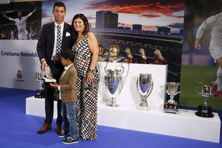 Криштиану Роналду стал лучшим бомбардиром мадридского Реала в истории.