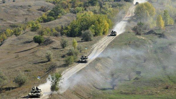 Отвод вооружений ВСУ калибром менее 100 мм в Луганской области (село Крымское). Архивное фото