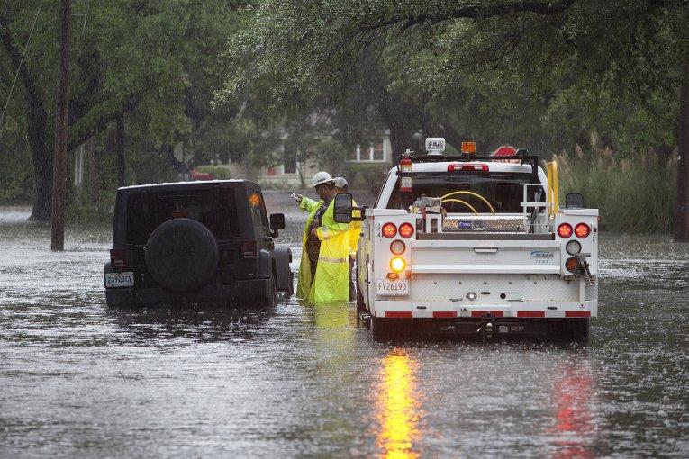 Последствия наводнения в Южной Каролине, США.