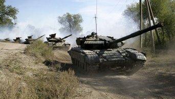 Отвод техники ЛНР за пределами Луганска