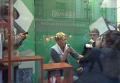 Антицерковный скандал во Львове: жители поддержали уволенную чиновницу. Видео