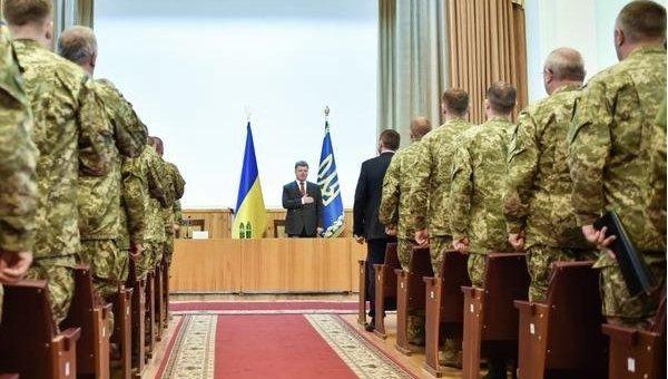 Петр Порошенко на встрече с командирами боевых подразделений ВСУ