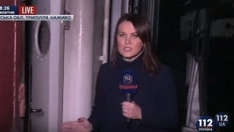 Обгоревший от взрыва трюм на теплоходе под Киевом