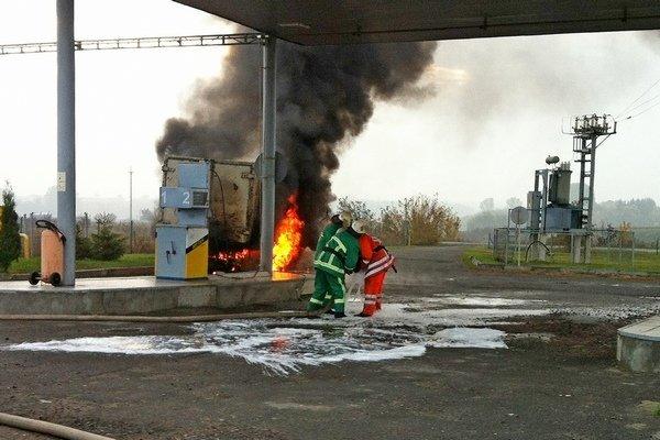 Пожар на автозаправочной станции в Тернопольской области