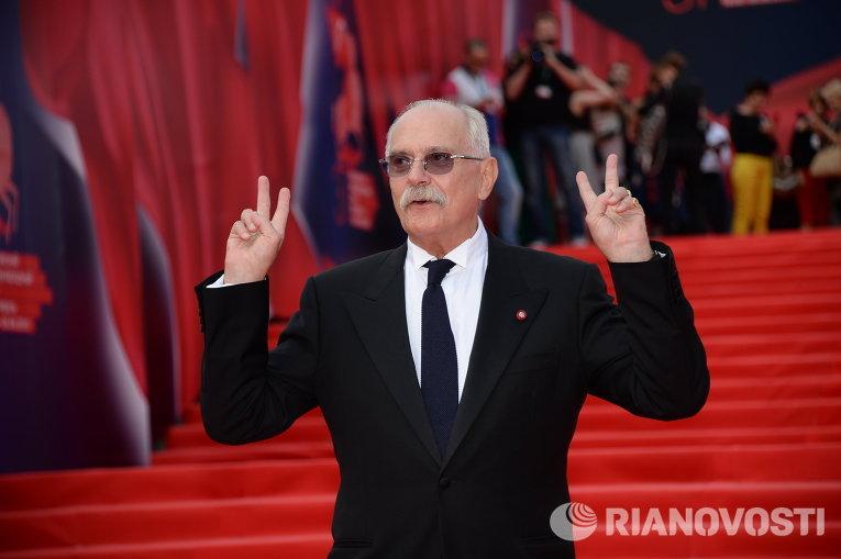 Президент Московского международного кинофестиваля Никита Михалков на церемонии закрытия 37-го Московского Международного Кинофестиваля в Москве