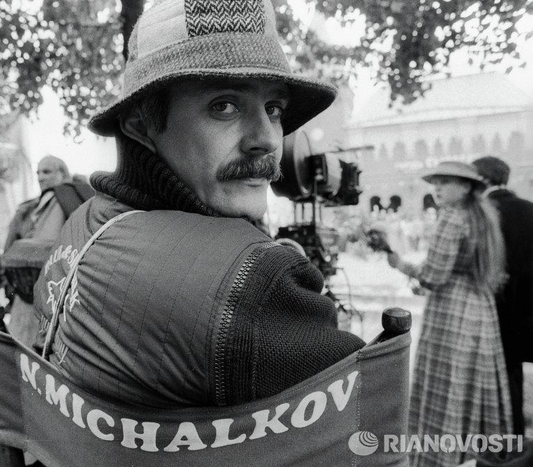 Режиссер Никита Михалков на съемках художественного фильма Очи Черные