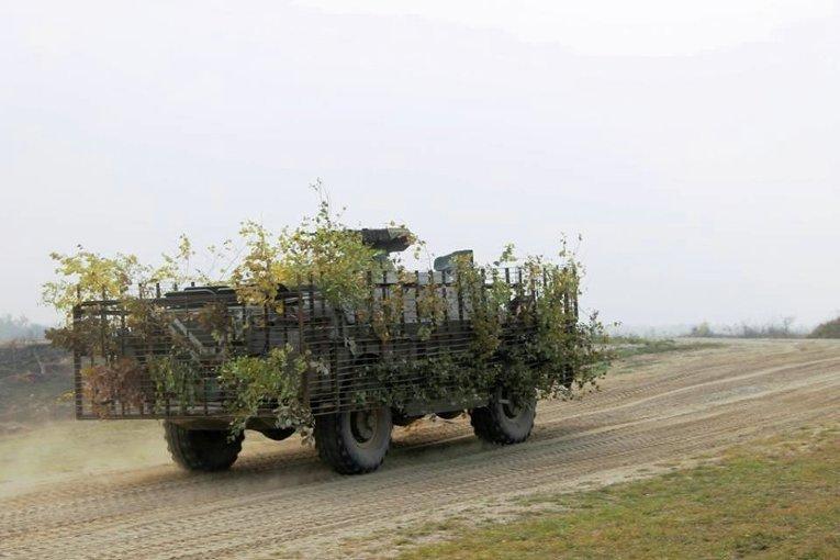 Делегация из США и Великобритании на учениях украинских десантников