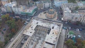 Квадрокоптер снял Гостинный двор в Киеве с высоты птичьего полета. Видео