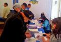 Голосование на местных выборах в Славянске Донецкой области