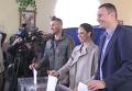 Братья Кличко проголосовали на выборах. Видео