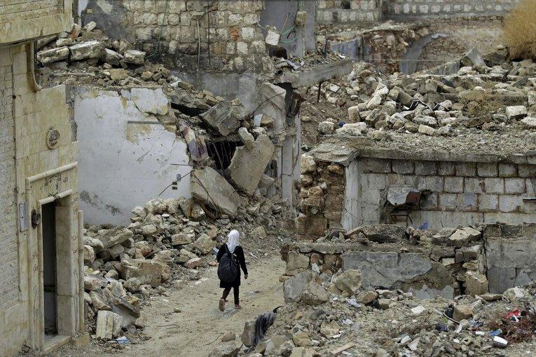 Разрушенный сирийский город Маааррет-эн-Нууман провинции Идлиб. Территория контролируется сирийской оппозицией.