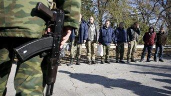 Обмен пленными возле города Счастье в Луганской области