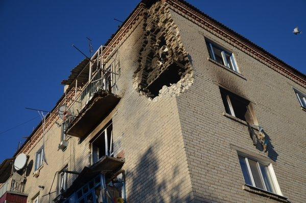 Последствия взрывов в Сватово
