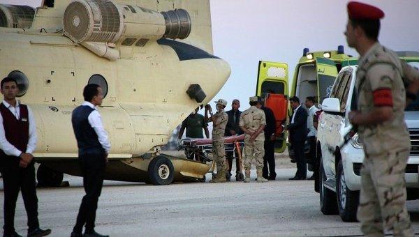 Эвакуация тел погибших в авиакатастрофе российского лайнера на территории Египта