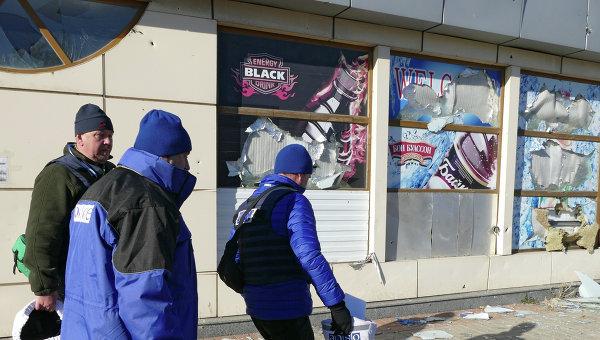 Наблюдатели ОБСЕ в Донецке. Архивное фото