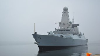 Ракетный эсминец Королевского ВМФ Великобритании Duncan в акватории Черного моря